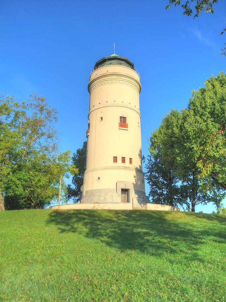 ./Wasserturm-Basel-Bruderholz-Turm-Aussenansicht-3010.jpg